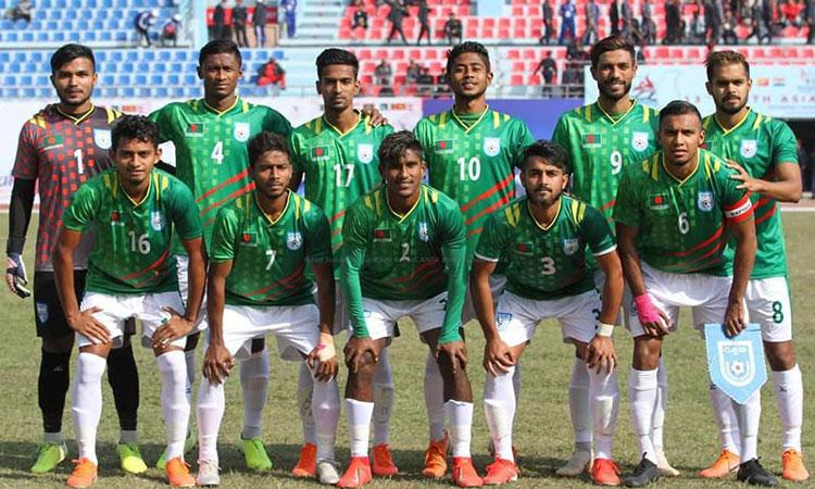 Photo of শ্রীলঙ্কাকে হারিয়ে এসএ গেমস ফুটবলে টিকে রইল বাংলাদেশ