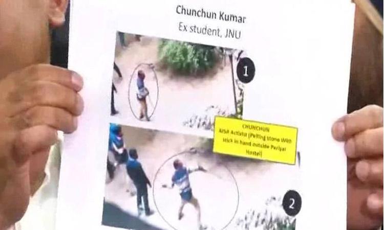 Photo of জওহরলাল বিশ্ববিদ্যালয়ে হামলায় অভিযুক্তদের ছবি প্রকাশ