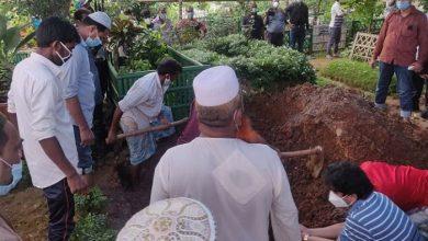 Photo of নুরুল ইসলাম বাবুলের দাফন সম্পন্ন