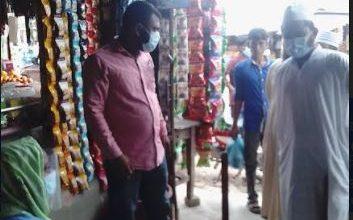 Photo of ঘোড়াঘাটে মাস্ক বিহীন অহেতুক ঘোড়াফেরা: ৫০জনকে জরিমানা