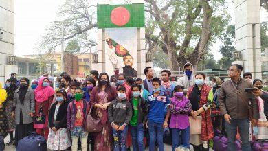 Photo of ভারতে পাচার হওয়া ৩৮ জন শিশু কিশোর ২ বছর পর দেশে ফিরল বেনাপোল চেকপোষ্ট দিয়ে