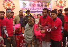 Photo of ভাঙ্গায় বাতিঘর ফাউন্ডেশনের উদ্যোগে শীতার্তদের মাঝে শীতবস্ত্র বিতরন